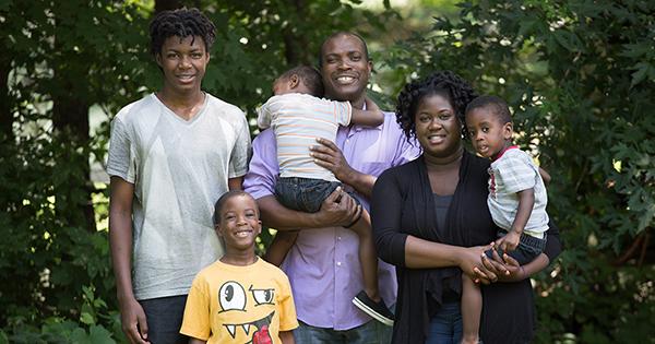 nick_hillary_family